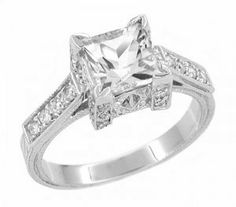 Marquise Cut Diamond Engagement Ring and Wedding Band Set in 14K
