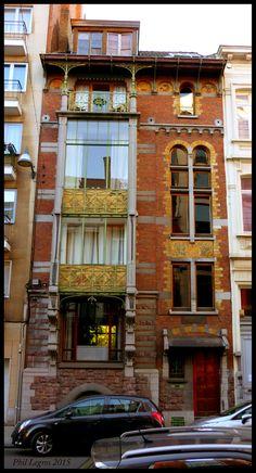 Architecture in Brussels Paul Hankar Hôtel Hankar - 1893 71, Rue Defacqz, 1060 Saint-Gilles