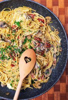 Sajtos-gombás spagetti - VIDEÓVAL! I Spaghetti with cheese and mushroom - VIDEO!