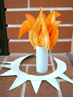 Make a Statue of Liberty Crown and Torch from a Paper Plate! ~ Buggy and Buddy