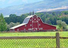 Beloved Sims Rustic Barn - Paonia / Hotchkiss, Colorado