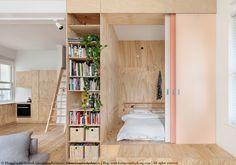 Un joli, petit appartement entièrement rénové en contreplaqué...un vrai petit bijou