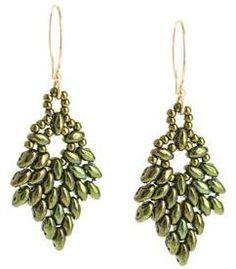 Free SuperDuo Earrings Pattern by FusionBeads.com featured in Bead-Patterns.com Newslleter!