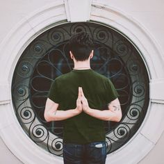 Yoga doesn't only exist in airy studios or on the beach. Here, yoga teacher Ryan Lemere shares his experience of teaching yoga to people in jail. Eight Limbs Of Yoga, My Yoga, Yoga Teacher, Asana, Yoga Poses, Health Fitness, Mindfulness, Teaching