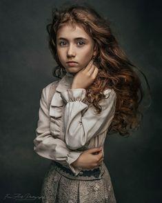 Art Photography Portrait, Portrait Poses, Artistic Photography, Portrait Photography, Photography Ideas, Fashion Photography, Children Photography, Photo Bb, Jolie Photo
