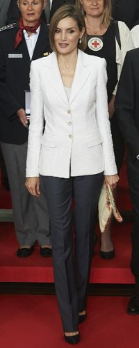 Queen Letizia 8 May 2015 - Red Cross & Red Crescent World Day