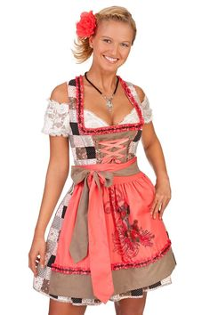Where to Buy Oktoberfest Gear: Traditional German Dirndls and Lederhosen