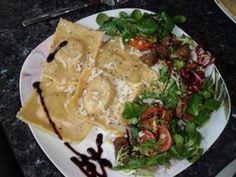Ravioli mit Frischkäse-Pesto-Füllung Rezept - Rezepte kochen - kochbar.de - mobil