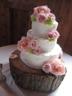 Round Wedding Cake Roses Shabby Chic Country
