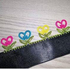 37 different crochet needlework patterns that amaze the viewers Paper Crafts For Kids, Craft Stick Crafts, Crafts To Make, Rainbow Fish Template, Sunshine Crafts, Rainbow Crochet, Rainbow Crafts, Viking Tattoo Design, Sunflower Tattoo Design