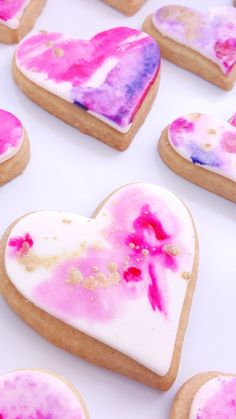 Hey There!  This listing is for 1 dozen (12) of the sweetest Valentine's Day Watercolor Heart Shortbread Cookies! Cupcakes are 2-3  Listing Includes: