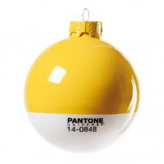 #christmas #xmas #weihnachten #christbaumkugel #weihnachtskugeln #christmastreeballs #ornaments Pantone Weihnachtskugel