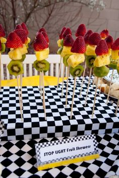stop light fruit skewers- Birthday Bike Bash; use green grapes instead