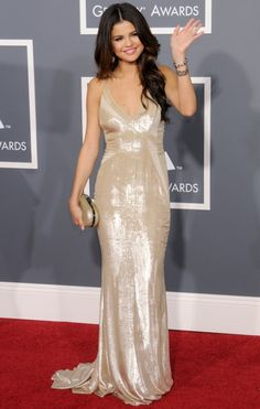 SELENA GOMEZ in J.Mendel | 2011 Grammy Awards