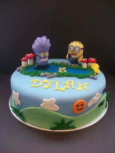 Minions Cake Auckland $250 (figurines bought from a licensed retailer)