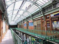 Architecte et un décorateur français Henri Sauvage 1873-1932, style art nouveau: 111 avenue Victor Hugo.. Paris 16ème arrodissement.