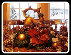 Christmas Centerpiece by dining delight, via Flickr