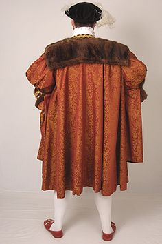 NINYA MIKHAILA - HISTORICAL COSTUMIER 1540's costume made for JMD&Co at Hampton Court Palace.