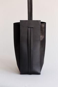 Sling Bag | CHIYOME - Minimalist Handbags