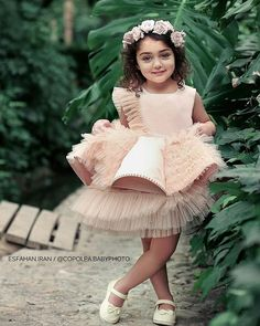Image may contain: one or more people and outdoor Cute Baby Girl Photos, Cute Little Baby Girl, Cute Kids Pics, Cute Baby Pictures, Baby Photos, Cute Kids Photography, Baby Girl Photography, Cute Baby Girl Wallpaper, Baby Girl Quotes