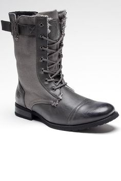 Victory 2 Boot