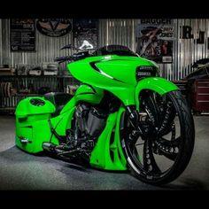 Harley Davidson News – Harley Davidson Bike Pics Harley Bagger, Motos Harley, Bagger Motorcycle, Harley Bikes, Motorcycle Style, Harley Davidson Bikes, Victory Motorcycles, Custom Motorcycles, Custom Bikes
