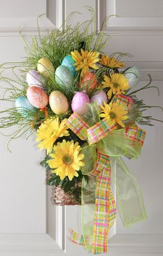 Colorful Grapevine Easter Door Basket with Easter Eggs / Daisies --via Etsy. Easter Projects, Easter Crafts, Holiday Crafts, Easter Decor, Craft Projects, Easter Centerpiece, Easter Ideas, Hoppy Easter, Easter Eggs