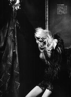 Blondie Black