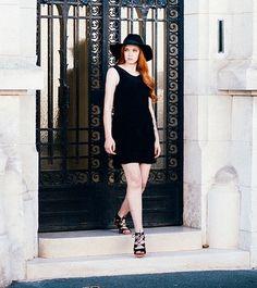 Une soirée improvisée ? La jolie @karolejodefabonnet vous propose le look parfait avec nos sandales Lilly ! Et entre nous les sandales Lilly sont soldes  #Eclipse_shoes #fashionbrand #onlineshop #shopping #shoes #fashionblogging #fashionblogger #love #vsco #filmphotography #girl #style #stylish #lifestyle #summer #shoesoftheday #instagood #instadaily #shooting #collection #paris #sandales #espadrilles #spring #musthave #shoestagram #shoeslover