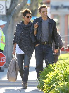 Still my favorite bag. I LOVE this color the MOSTEST! Halle Berry carrying Monika Chiang Raja Hobo in Santa Monica