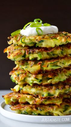 5-Ingredient Zucchini Fritters #recipe via justataste.com