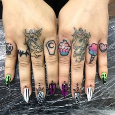 Do you like these unicorn hand tattoos? Unicorn Tattoos, Unicorn Nails, Mermaid Tattoos, Badass Tattoos, Cute Tattoos, Unique Tattoos, Hand And Finger Tattoos, Hand Tattoos, Tattoo Designs