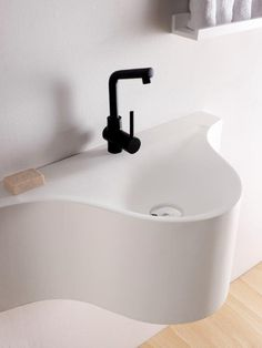 Lavabo Monty, de Solid Surface, Natural series by Bathco. Ref 6004, medidas 800x425x300 mm  http://www.thebathcollection.com/producto/lavabos/natural-series-solid-surface/circular/monty.html