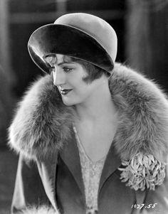 Evelyn Brent–1927