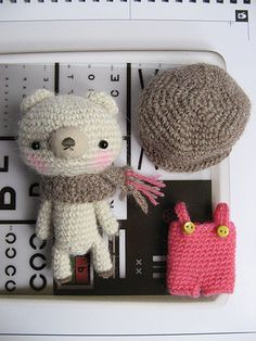 Gorgeous amigurumi bear. (Free pattern, not English but easy to work out).