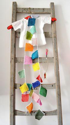 ingthings DIY slinger Crochet Bunting, Crochet Garland, Love Crochet, Beautiful Crochet, Diy Crochet, Crochet Squares, Bunting Garland, Diy Garland, Buntings