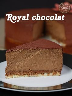 A true classic of the French pâtisserie: the Royal chocolat! To let … – Meine Lieblingsgerichte – Kuchen Rezepte und Desserts Fall Dessert Recipes, Delicious Desserts, Cake Recipes, Chocolate Fairy Cakes, Chocolate Desserts, Cake Chocolate, Chocolate Mousse Cheesecake, Mousse Cake, Chocolat Cake