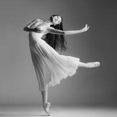 52 week dance project 5/52 Isabelle Seiler ©Karolina Kuras