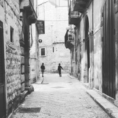 Insieme. #Puglia #Italia #Bitonto #Apulia #Italy #blackandwhite