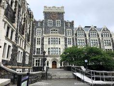 College Information, William College, Queen's College, New York School, York University, Top Universities, Community College, Filming Locations, Private School