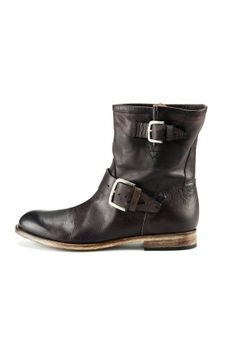These are like the lovechild of moto/engineer boots and cowboy boots. Yum.
