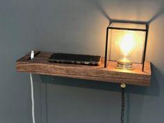 Floating Bedside Shelf, Küchen Design, Interior Design, Diy Furniture, Furniture Design, Diy House Projects, Wall Shelves, Night Light, Diy Home Decor