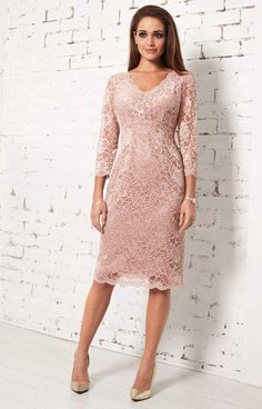 A modest v neckline, luxurious sheen and vintage dusk pink tones give our premium corded lace dress star quality. Anya exudes elegance with delicate scallop details along the front neckline and ¾ sleeve cuffs. Blush Evening Dress, Blush Cocktail Dress, Blush Pink Wedding Dress, Cocktail Dresses With Sleeves, Pink Wedding Dresses, Maxi Dress With Sleeves, Bridesmaid Dresses, Blush Lace Dresses, Bridesmaids