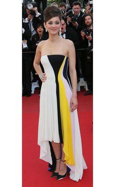 Cannes 2013 - Marion Cotillard in Christian Dior croisière - Day 6 (montée des marches Blood Ties)