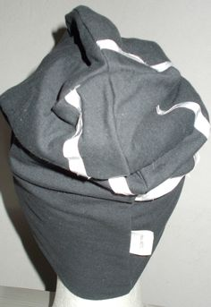 Joustocollege heijastavilla nauhoilla, pipo http://bellapuu.valmiskauppa.fi/paksumpi-heijastava-pipo-p-1563.html