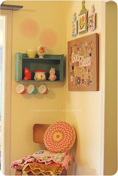 From thompsonfamily.typepad.com by Danielle Thompson. Great example of decorating with vintage items.