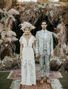 Mad Maven Style's Marie Antoinette Meets Southwestern-Inspired Wedding — Part 2 – Green Wedding Shoes A wedding dress made for a Boho queen – we think Nikia aka Mad Maven Style looks gorgeous in her made from French lace. Wedding Trends, Trendy Wedding, Boho Wedding, Wedding Styles, Wedding Ceremony, Dream Wedding, Garden Wedding, Wedding Ideas, Grunge Wedding