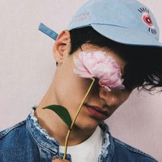aesthetic boy images, image search, & inspiration to browse every day. Tumblr Boys, Men Tumblr, Pretty Boys, Cute Boys, Photo Hacks, Kreative Portraits, Photographie Portrait Inspiration, Aesthetic Boy, Aesthetic Grunge