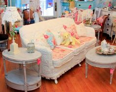 18 Best Antiques Images Shabby Chic Furniture Antique Glass