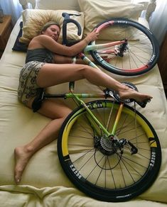 In a best world you could buy any bike you wanted at a price you might pay for, however in the real life mountain biking costs differ extremely. Bicycle Women, Road Bike Women, Bicycle Girl, Cycling Girls, Women's Cycling, Best Mountain Bikes, Mountain Biking, Bicycle Maintenance, Bike Seat